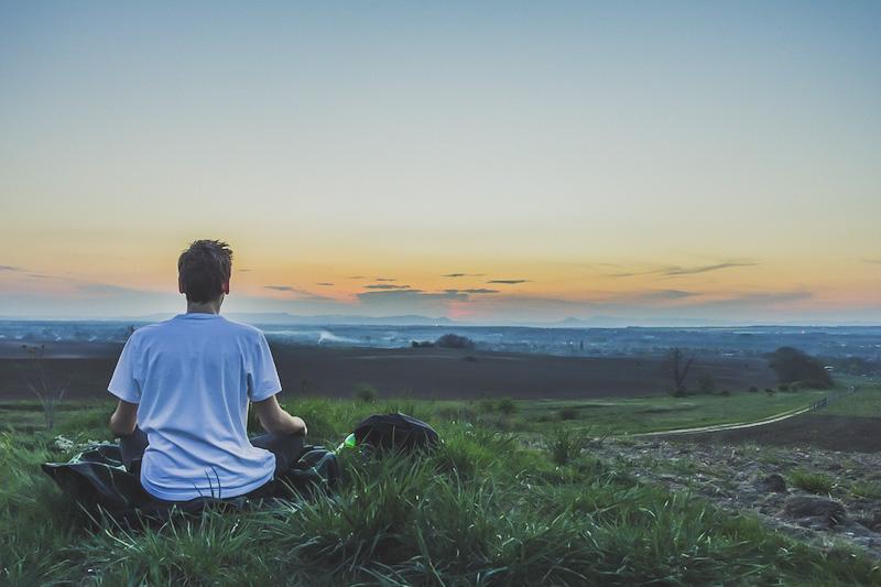 Meditação é mais simples do que parece | Como meditar | Vida Minimalista #vidaminimalista